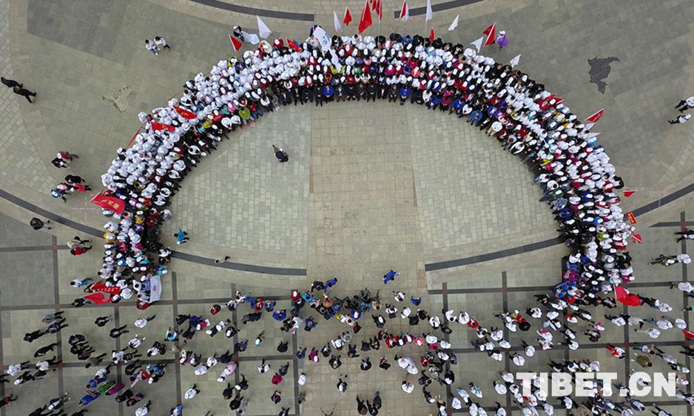 让更多藏区百姓享受到首都医疗服务 摄影:达明 (15).jpg